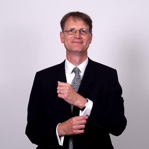 Tim Lannin - Portrait image