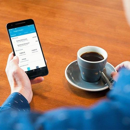 Xero advisers - Cloud Accounting on a phone